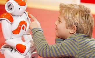 Robots : quelle place dans l'éducation ?
